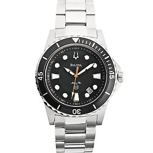 7168fcc3e Srovnání náramkových hodinek Bulova Essentials 96A102 a Bulova ...
